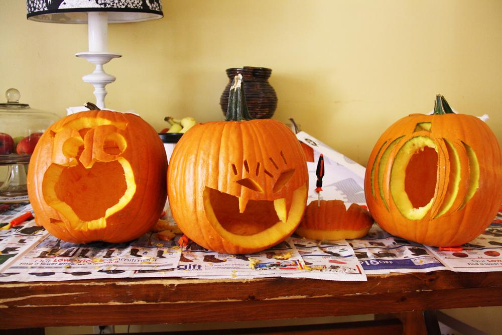 Carved Pumpkins | redleafstyle.com