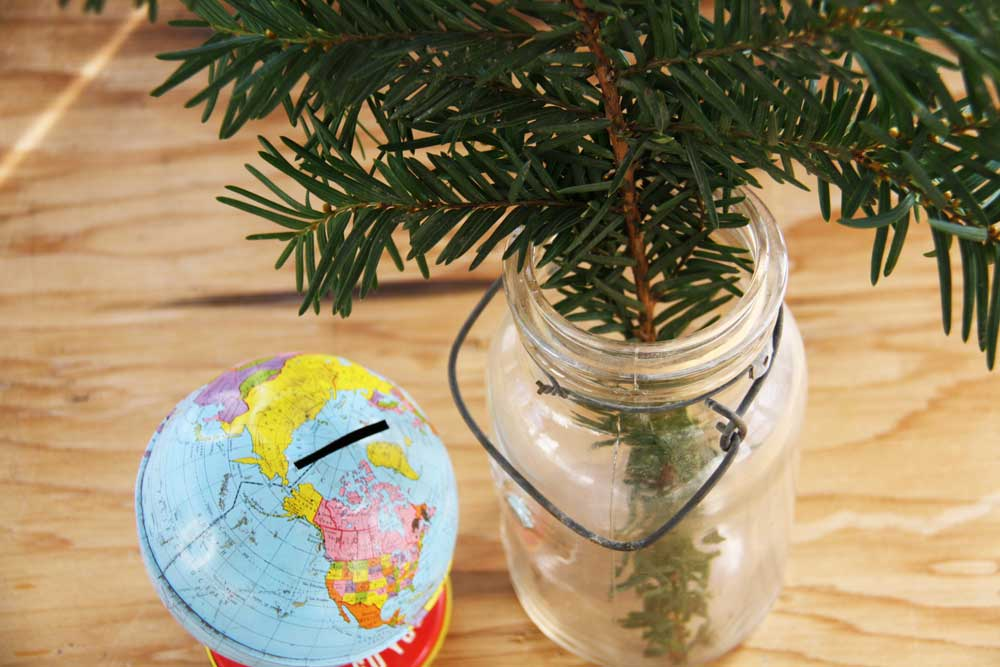 Green branch in mason jar | redleafstyle.com