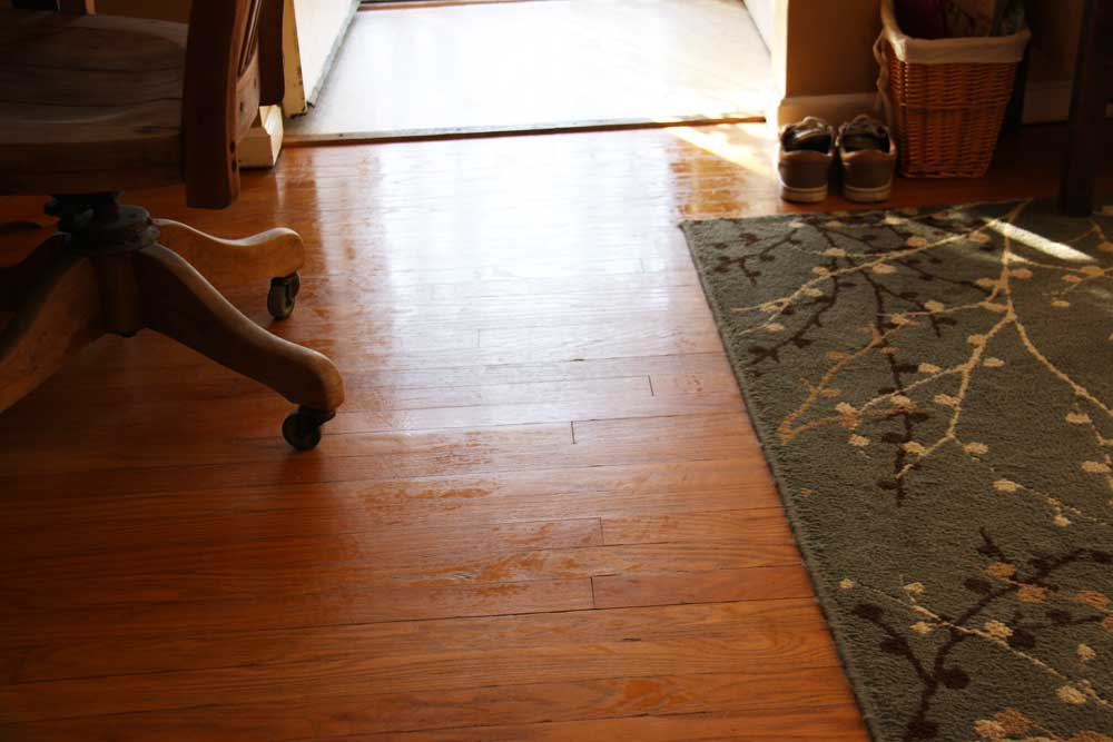 Freshly mopped floors | redleafstyle.com