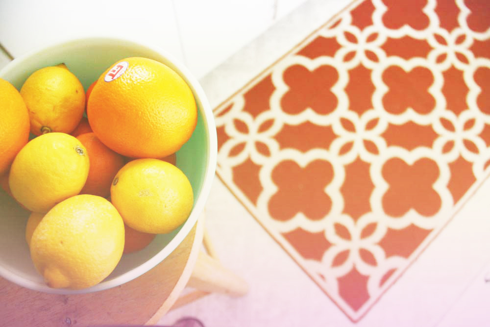 Bowl of oranges | redleafstyle.com