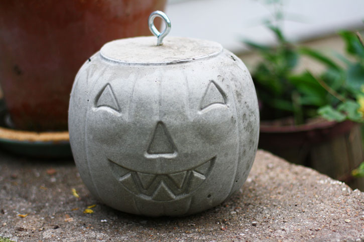 How To Make The Ultimate Concrete Jack O Lantern For Halloween
