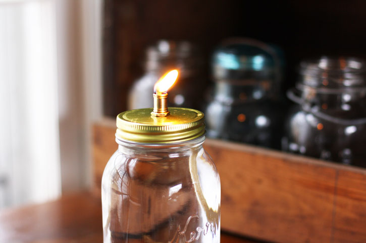 Mason Jar Oil Lamp | redleafstyle.com