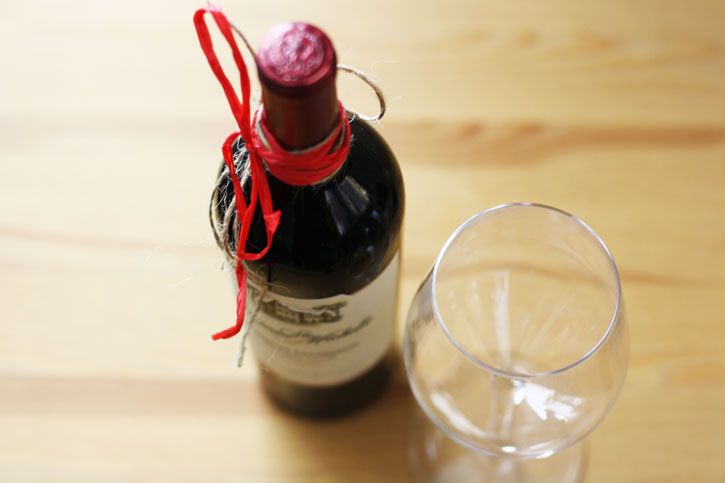 7 Easy DIY Valentine's Day Gift Ideas (For Him & Her)   redleafstyle.com