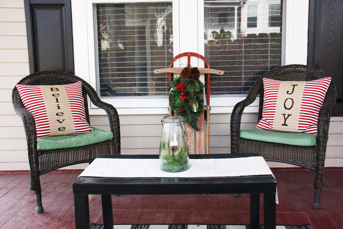 Tour a Stylish Victorian Decked Out With Natural Christmas Decorations   redleafstyle.com